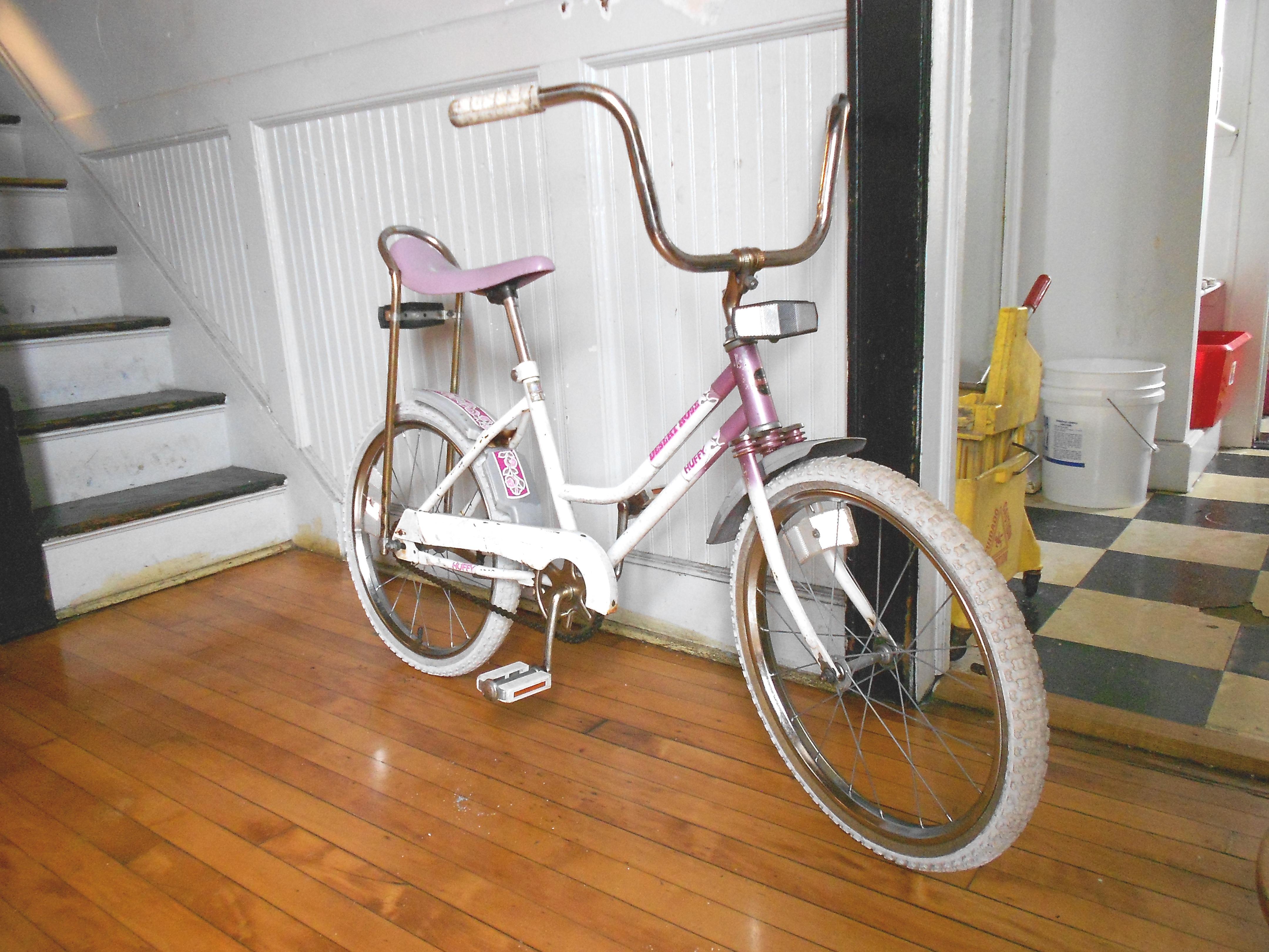 used adult bicycles jpg 1200x900