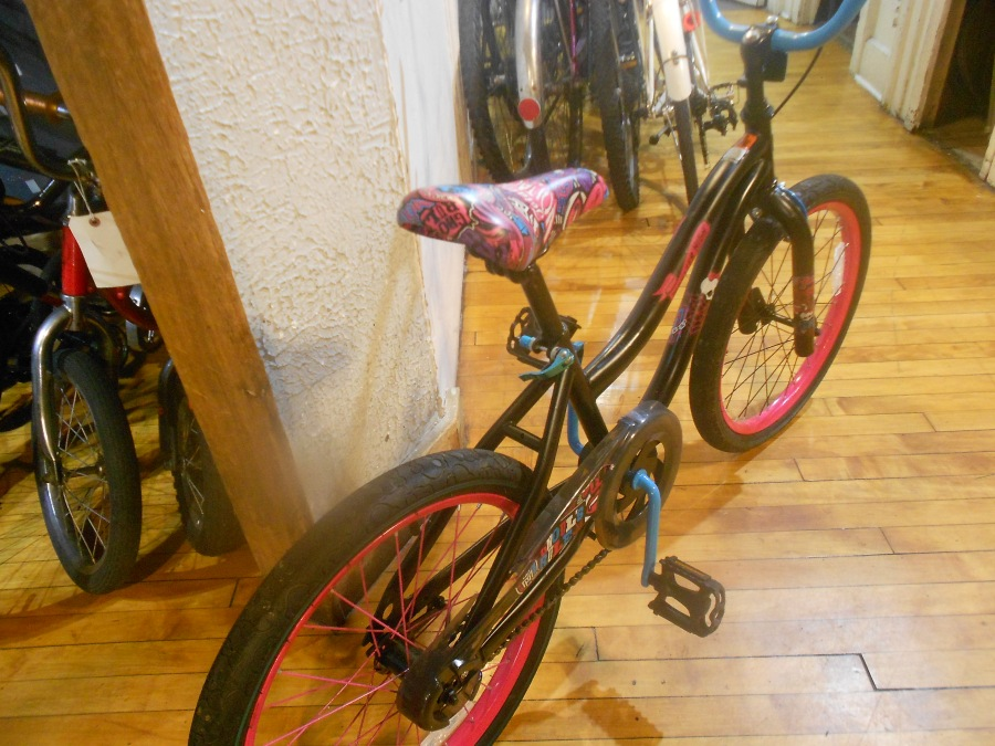 "Monster High Ghouls Rule 20"" BMX"